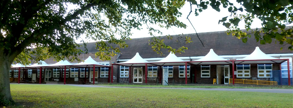 The front of Merryhills School